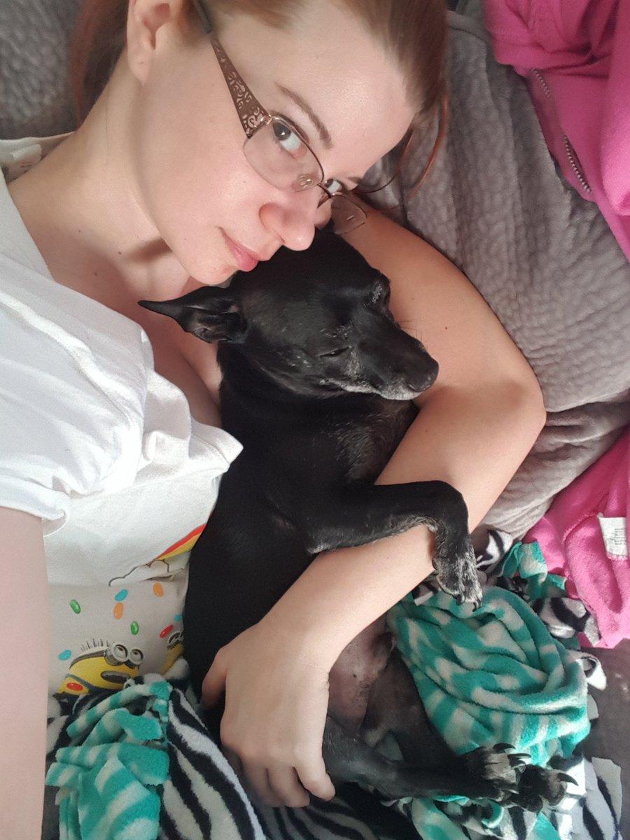 Best cuddler! xtkUpHrF18