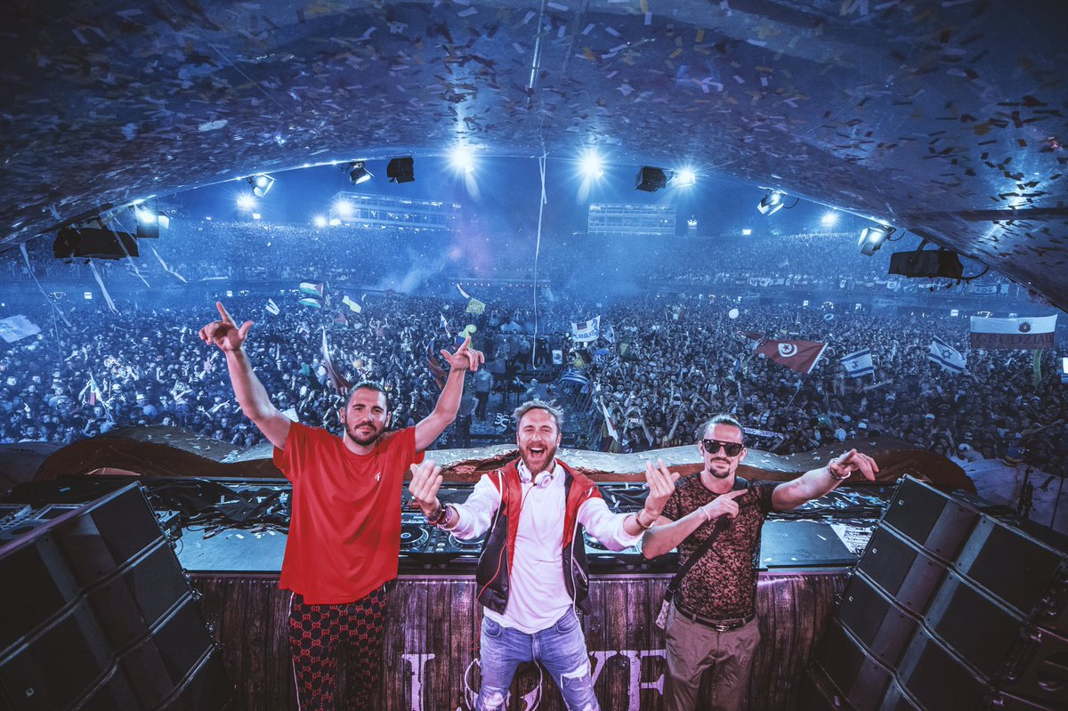 RT @dimitrivegas: Can't wait to smash #AMF2018 with our boy @davidguetta tonight!! @likemike https://t.co/h7ySRvD9OD