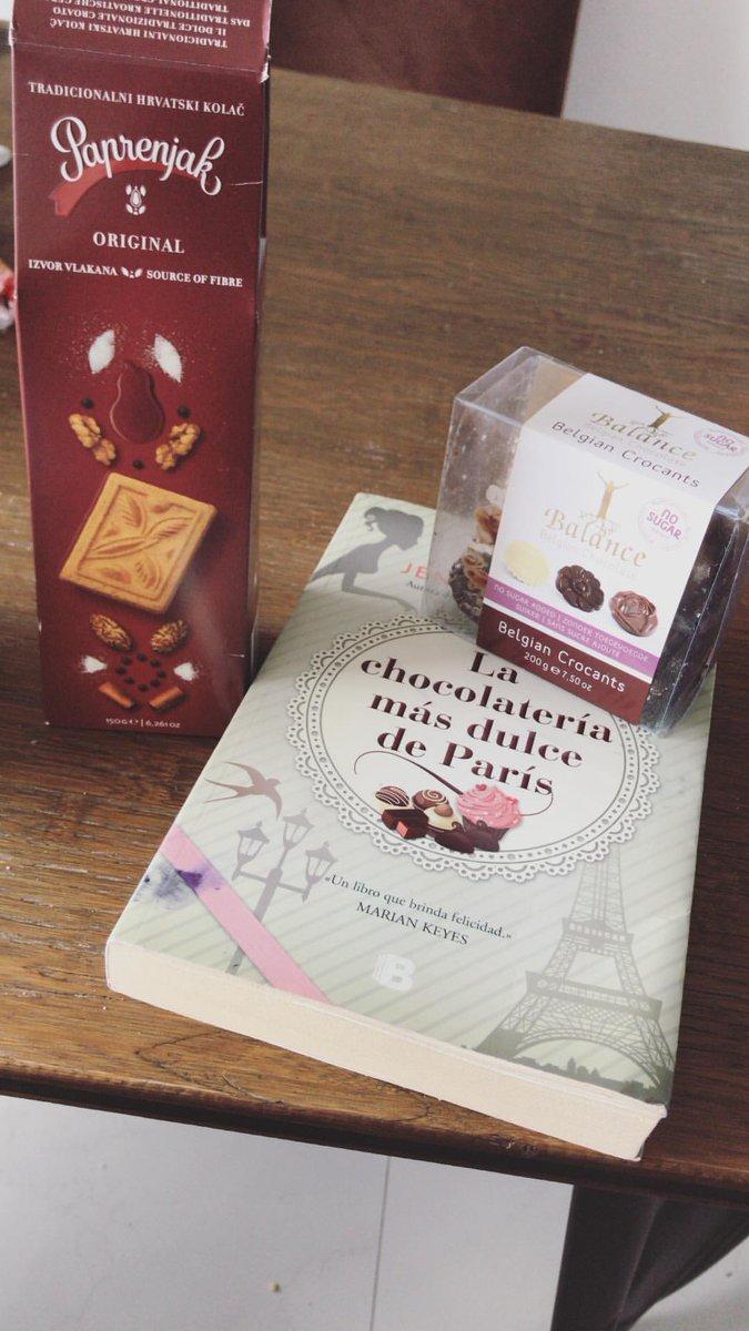 RT @ADDCroacia: 😍😍 @DulceMaria te gustan galletas