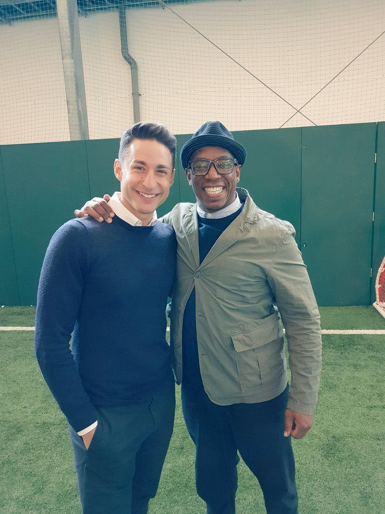 RT @IanWright0: With the man that KNOWS! @bbcsport_david https://t.co/hhYeFjgusG