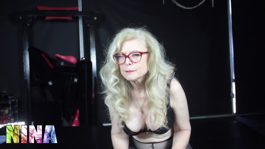 Another sale! Get one too! Piss Poor Excuse VYA361FRDM #MVSales #ManyVids