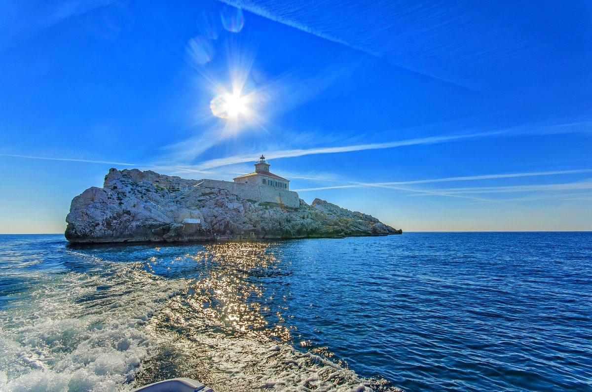 #lighthouse #Croatia #explore #travel #Adriagate #loveCroatia #enjoy #adventure https://t.co/n7i0zVYHJi