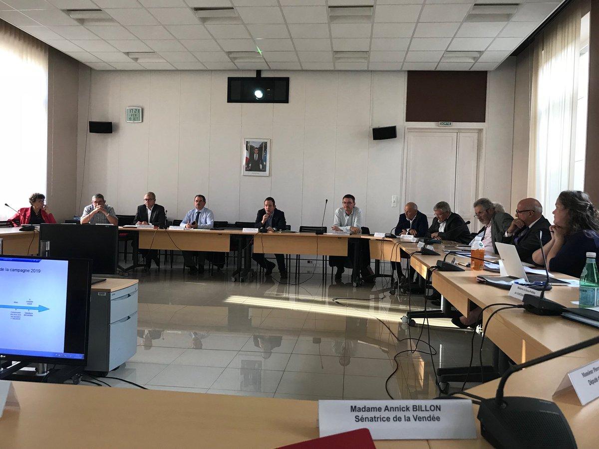 @Senat @UC_Senat réunion #detr #dsil @prefecture @DepVendee @PrefetVendee