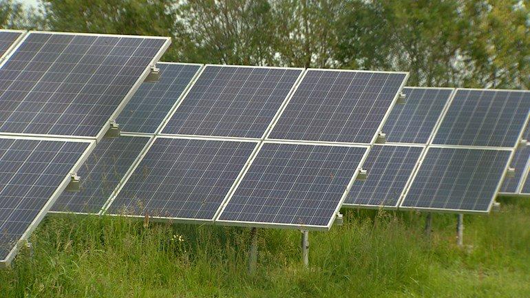 test Twitter Media - Milieufederatie: Laat omwonenden meeprofiteren van zonneparken https://t.co/ljKpsOD98e https://t.co/Lg7r33ncPt