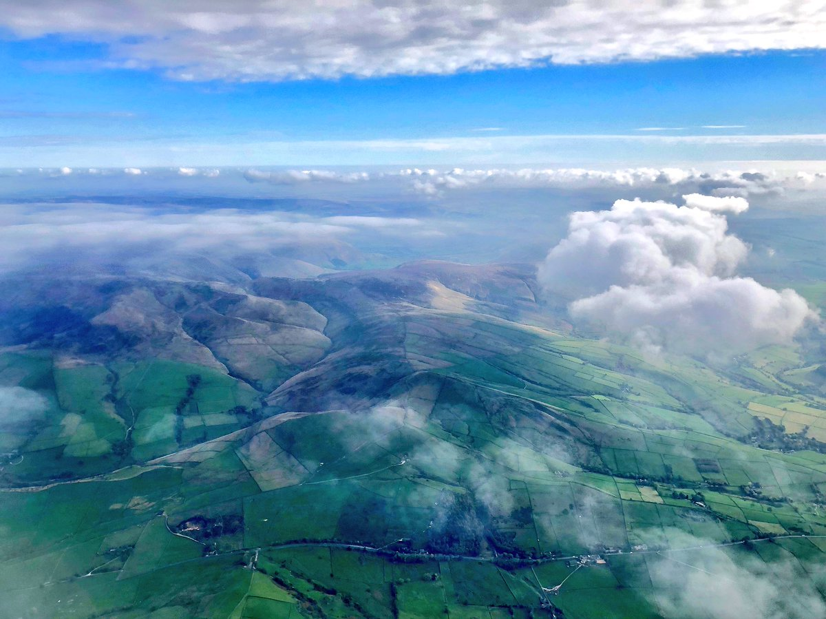 test Twitter Media - Above/Below #peakdistrictnationalpark #clouds https://t.co/8xYBZh09OD