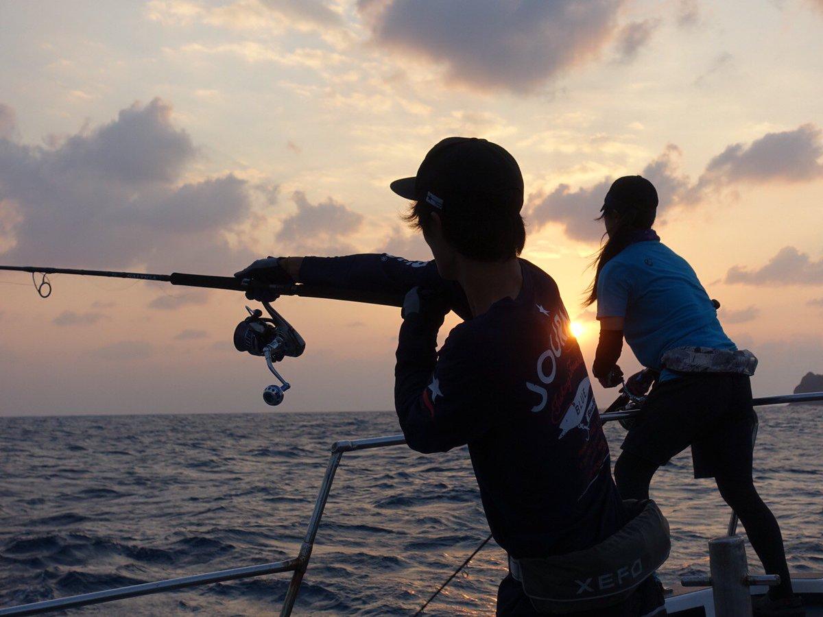 沖縄GT遠征終了。 4日間ひたすら投げ倒しましたが何も無し。 精神と肉体の限界にチャレンジ。 これはこれでまたひとつ成長出来た気がする(^^)✨  #BlueBlue #fishing #シーバス #海 #釣り https://t.co/7TvNVyqHMY