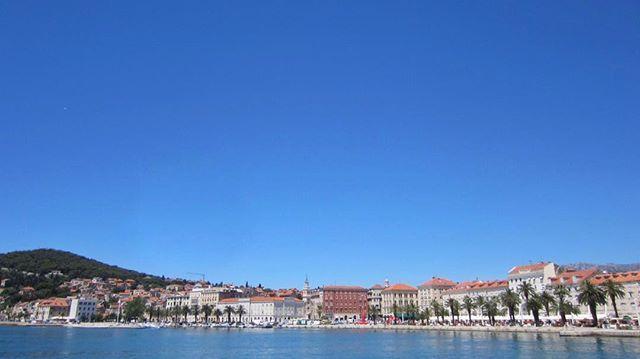 RT @ZoriocruZ: 🇭🇷 Split, Croacia #QueenVictoria2012 https://t.co/tvkHjQ9hCE
