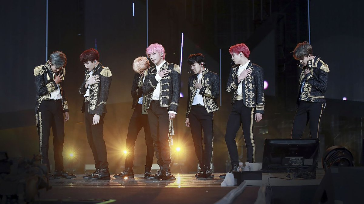 The 10 Most Beautiful Moments Of BTS' Love Yourself Tour