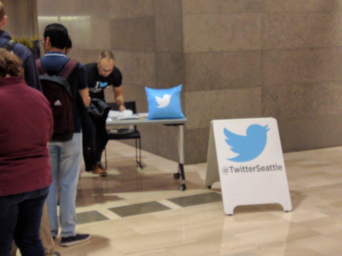 At #Twitter SEA for @TwitterEng talk. https://t.co/TMI5lrMfyl
