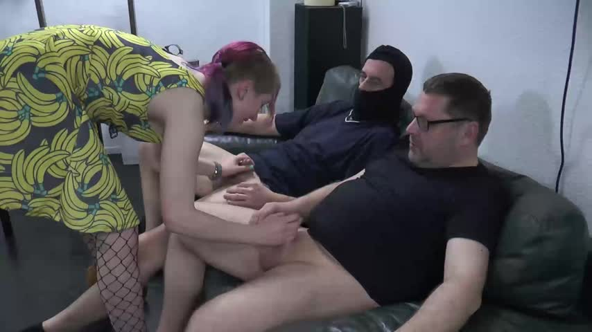 Four dudes and Linda by Linda_Lush Av0BsXHlFo Find it on #ManyVids! aEnpqj