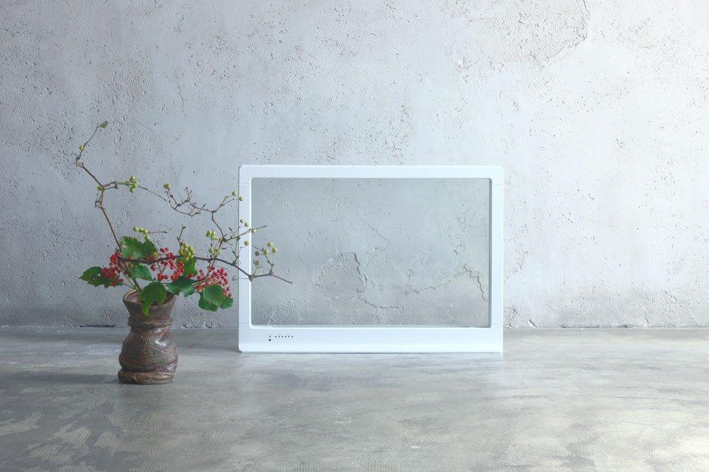 今日発売インテリアに溶け込む透明なガラスで部屋を暖めるパネル