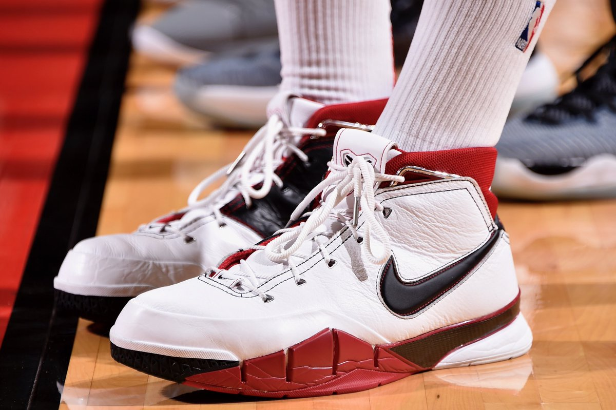 b8287c139a0e solewatch pj tucker laced up the all star nike zoom kobe 1 protro tonight  bill baptist