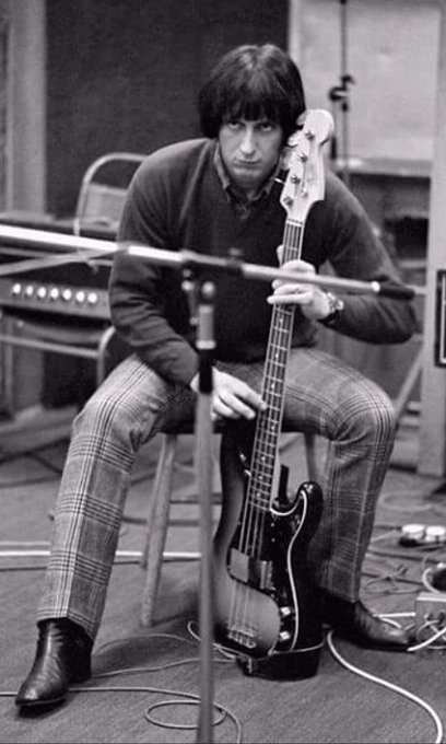 Before I go to sleep, I have to wish Happy Birthday to my favourite bass player John Entwistle
