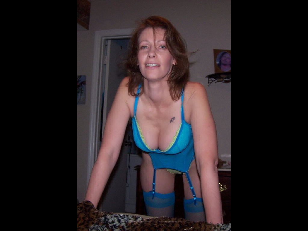 Get kinky with a horny mature! n2o2y2yT9d JlWWGplvOM