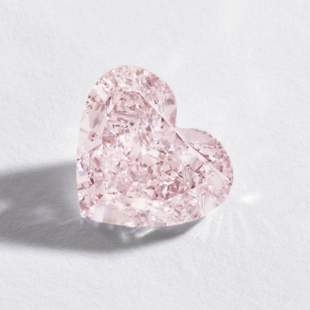 lovejewelry: Fancy Orangy Pink Heart Diamond - Sold at Sotheby's for $600,000 DI58pMIJUx