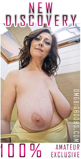 Cherry the #busty Supermodel see more at hSvToS0kY2 OBHbgQ5uTb