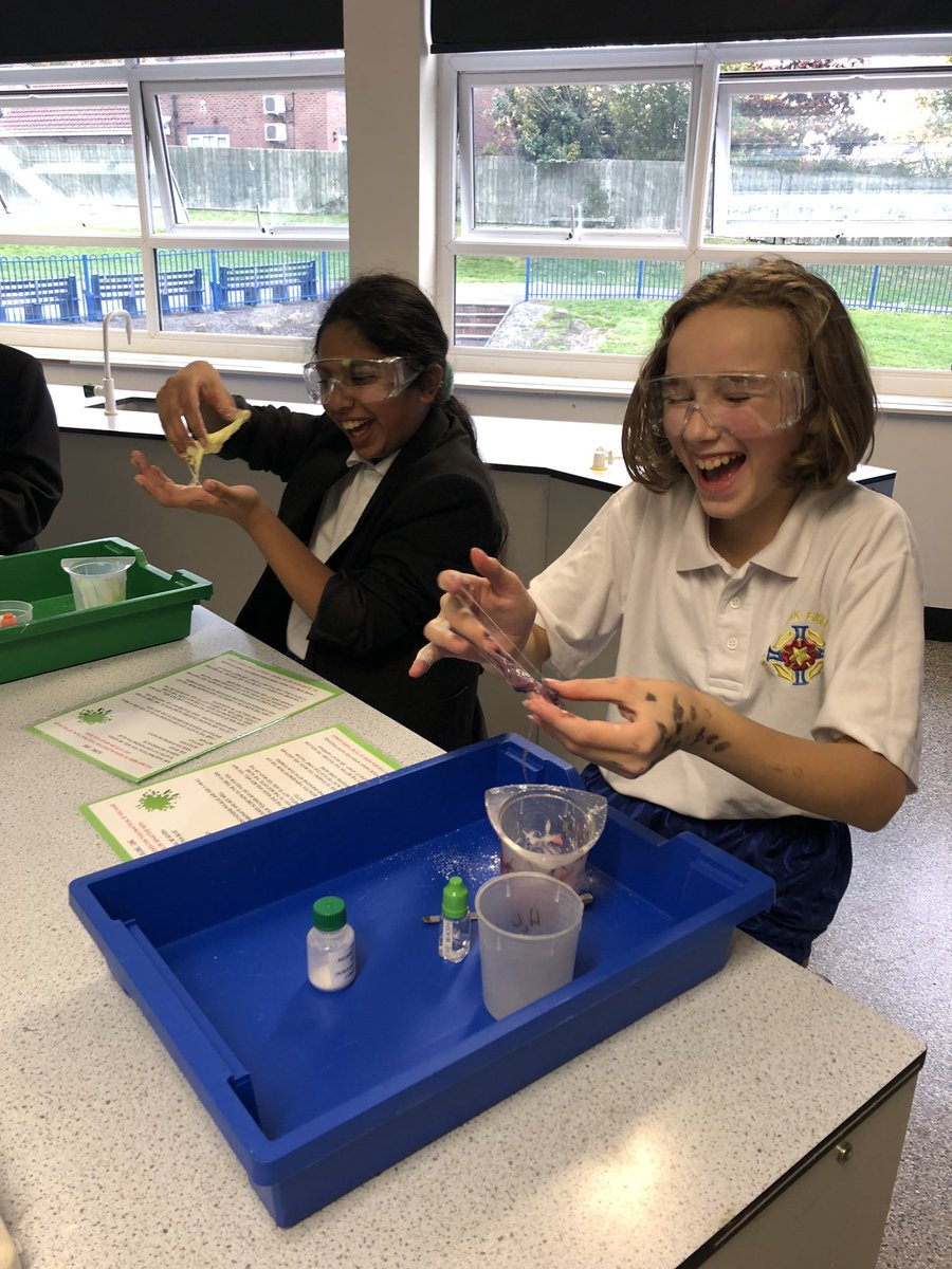 test Twitter Media - Science club was back after school today for year 7 learners! https://t.co/s5wPRCihBe