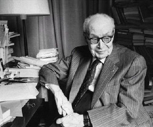 به یاد ژرژ دومزیل (DUMÉZIL, Georges) اسطورهشناس بزرگ فرانسوی، استاد پژوهشهای ادیان هندواروپایی و متخصص در مطالعات تاریخ تطبیقی، در ۱۱ اکتبر ۱۹۸۶ ازین جهان چشم فروبست. https://t.co/luyZwF9gea