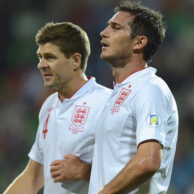 RT @FootbaIIBattIes: RT for Gerrard & Lampard🏴 LIKE for Modrić & Rakitić🇭🇷  #CROENG https://t.co/KYRyWOtKDI