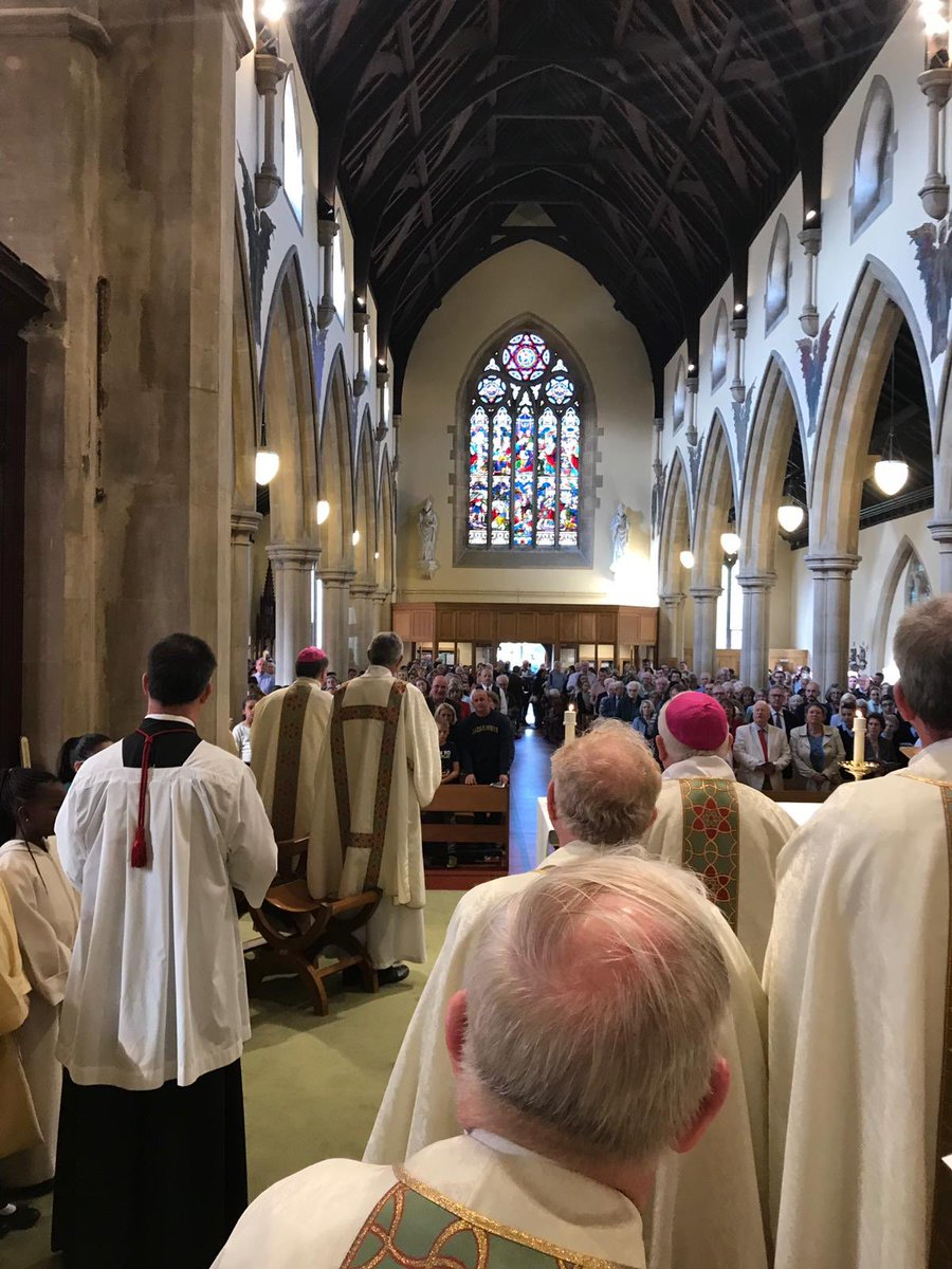 test Twitter Media - Wonderful celebration in Windsor to mark 150 years since the church of St Edward the Confessor opened. Today it's looking better than ever! God bless Canon David and the parish https://t.co/we9t0GdxMJ