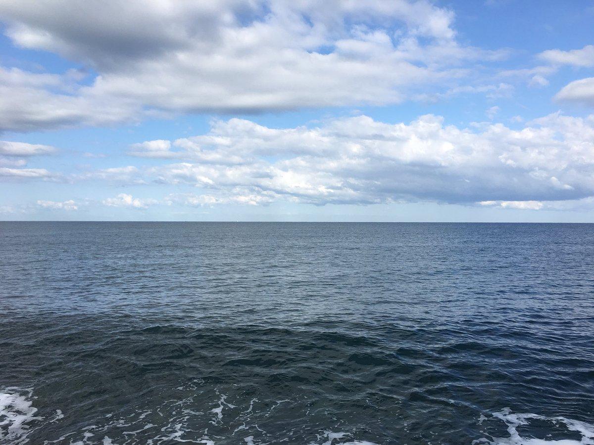 海、釣り、初めて、 そしてなんも釣れないw https://t.co/tuw7C4tU2L