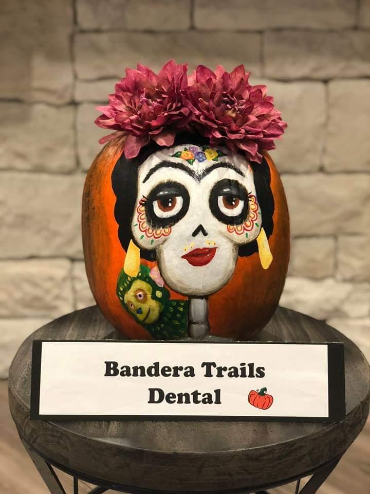 Vote for my #FridaKahlo #Coco #pumpkin 😊😚 https://t.co/hLZJWr4kKh https://t.co/qidc19TF8Z