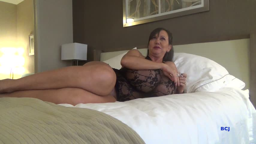 Sold my vid! Fucking Your Best Friends Mom 3kncHbQCRg #MVSales #ManyVids q