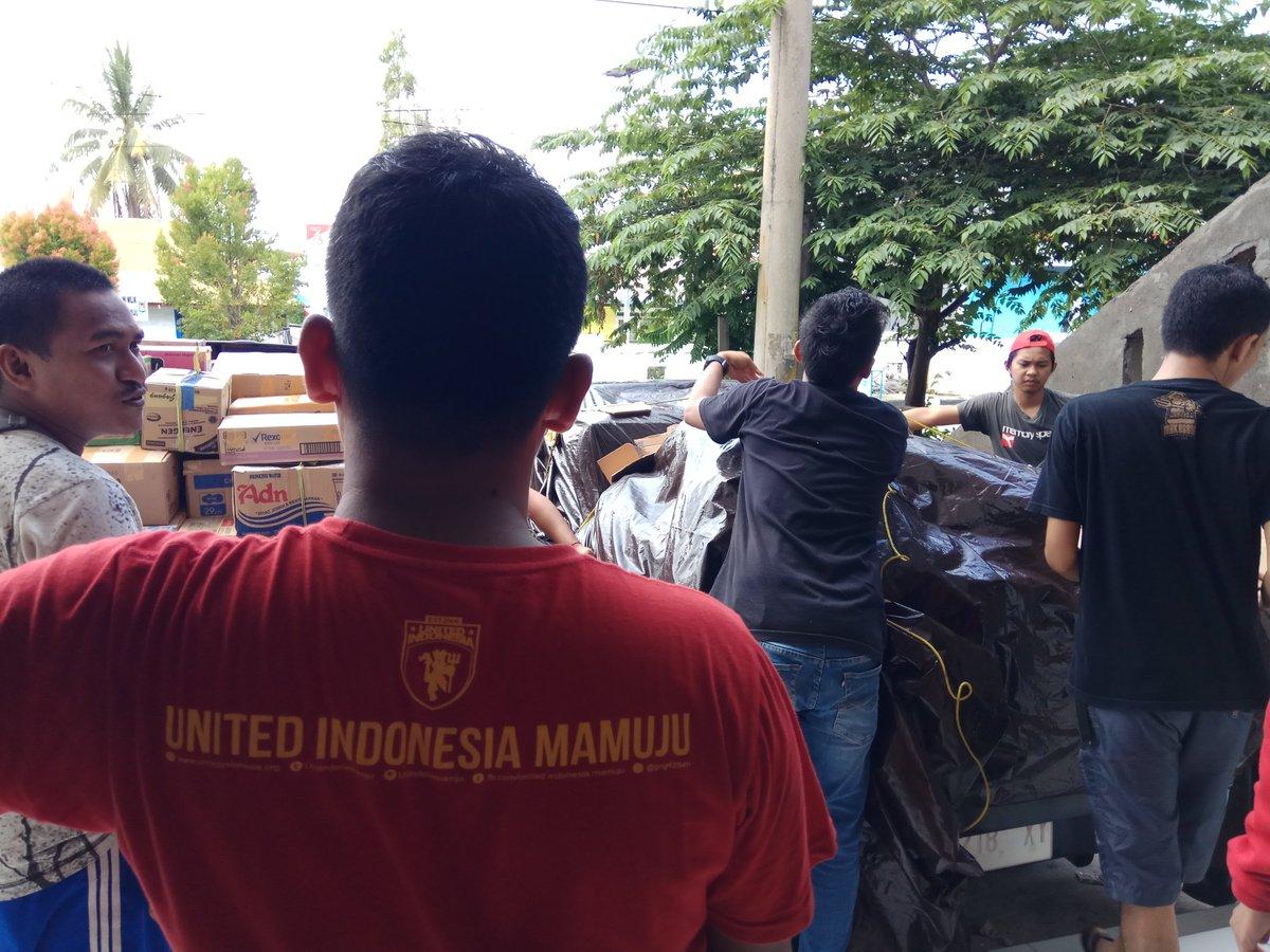 Prepare bantuan @UtdIndonesia kesulawesi tengah.  #ayoberbagi #utdindonesiamju #utdindonesia #utdtogether https://t.co/3jkLrq4Y7U