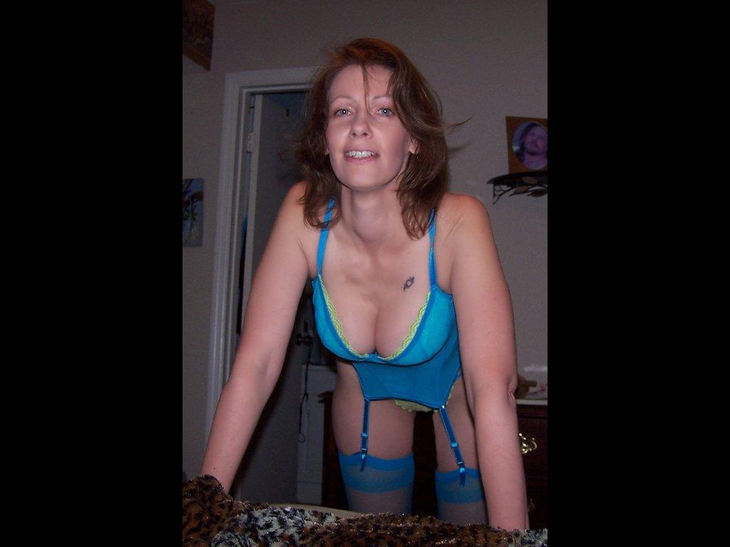 Get kinky with a horny mature! n2o2y2yT9d i2WiwsdXxw