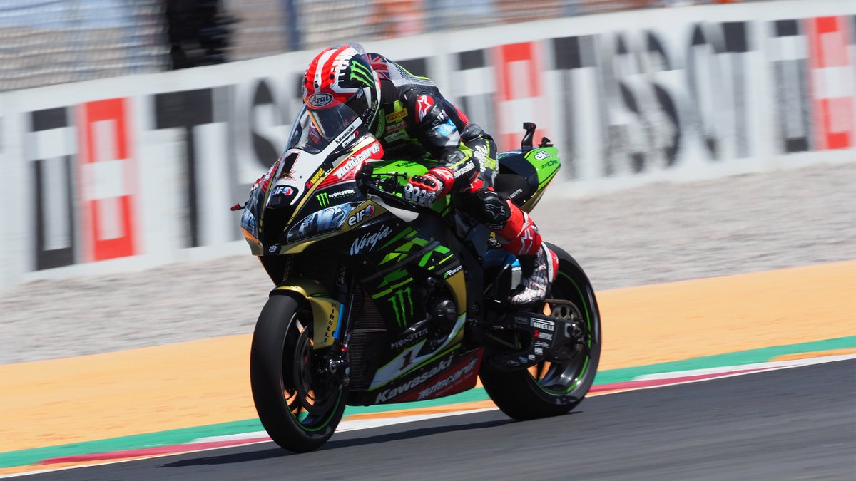 test Twitter Media - 10 out of 10: @jonathanrea extends perfect run with Argentina double  The 2018 Champion has now won 10 races in a row, more than any rider in #WorldSBK history  #ARGWorldSBK 🇦🇷  📰REPORT| #WorldSBK https://t.co/8IkcZqUBd5 https://t.co/cHZdaS2BdM