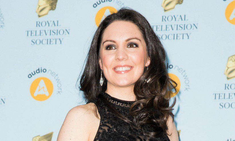 GMB's @Lauratobin1  just caused this gorgeous £24 skirt to sell out...