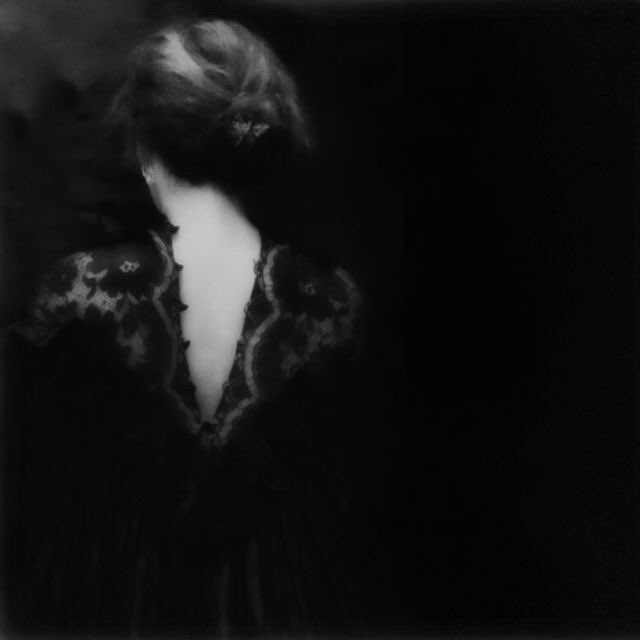 I shall gather myself into myself again, I shall take my scattered selves and make them one   Sara Teasdale   ©︎Diane Powers https://t.co/dSzng3qI4s