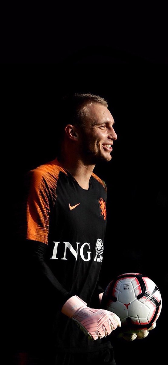 RT @majed_leo: Cillessen 🧡 https://t.co/Mks8cTG1Av