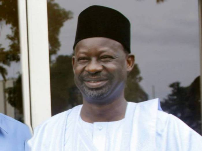 Ibrahim Dankwambo commences construction of 12 township roads in Gombe https://t.co/5WGjIWDko2 https://t.co/LXZglCbWNh
