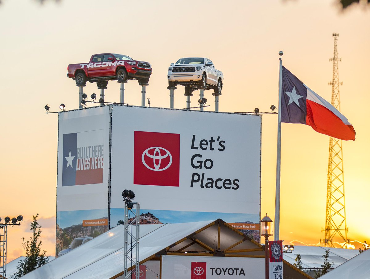 test Twitter Media - The only truck tower tall enough for the State Fair of Texas! Built here. Lives Here. #Tundra #TruckTuesday https://t.co/A15u6bZVih