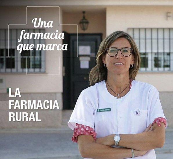 """test Twitter Media - S'inicia la campanya """"Una farmacia que marca"""", el primer capítol ja està disponible, parla de la Farmàcia Rural. @Portalfarma  https://t.co/djsgFbHJ3w https://t.co/J0aSiqReIB"""