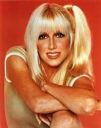 Happy 72nd birthday to actress Suzanne Somers! I had a huge crush on her back in the day!