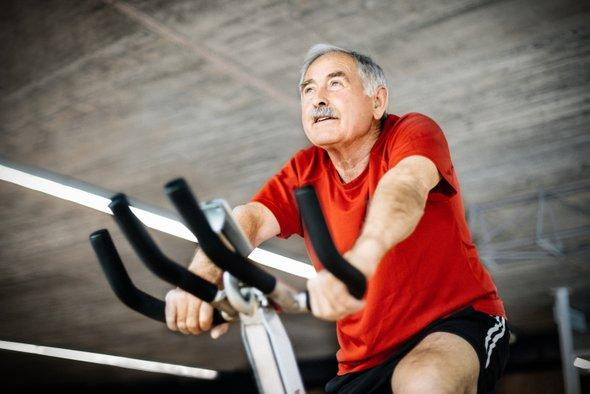 """test Twitter Media - New research shows how exercise might """"clean"""" the Alzheimer's brain https://t.co/Tswu2pCsam https://t.co/tPh95ugAN6"""