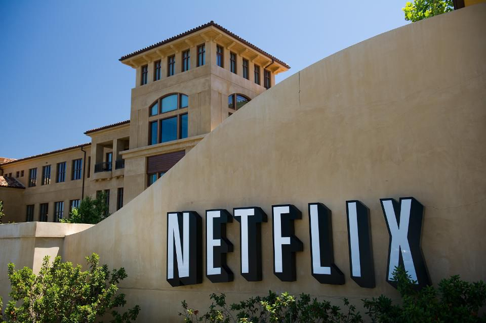test Twitter Media - Netflix beats expectations with 7 million new subscribers  https://t.co/0j2bkGx47M https://t.co/dWdLFH3hV8