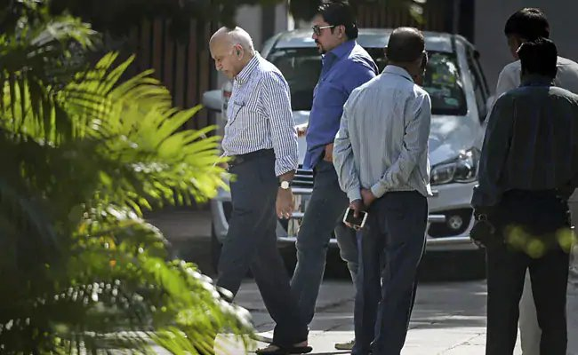 RT @ndtv: 20 journalists ready to testify against #MJAkbar in court over #MeToo https://t.co/a6Kd5vf4AI https://t.co/PYVH1SrxeD