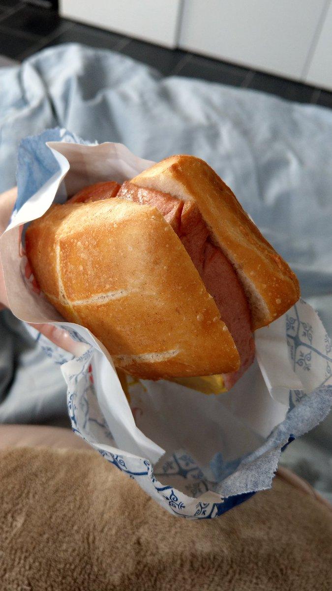 Yummy...guten Morgen! Bestes Frühstück um mit viel Kraft in den Tag zu gehen... 4yOfBcv