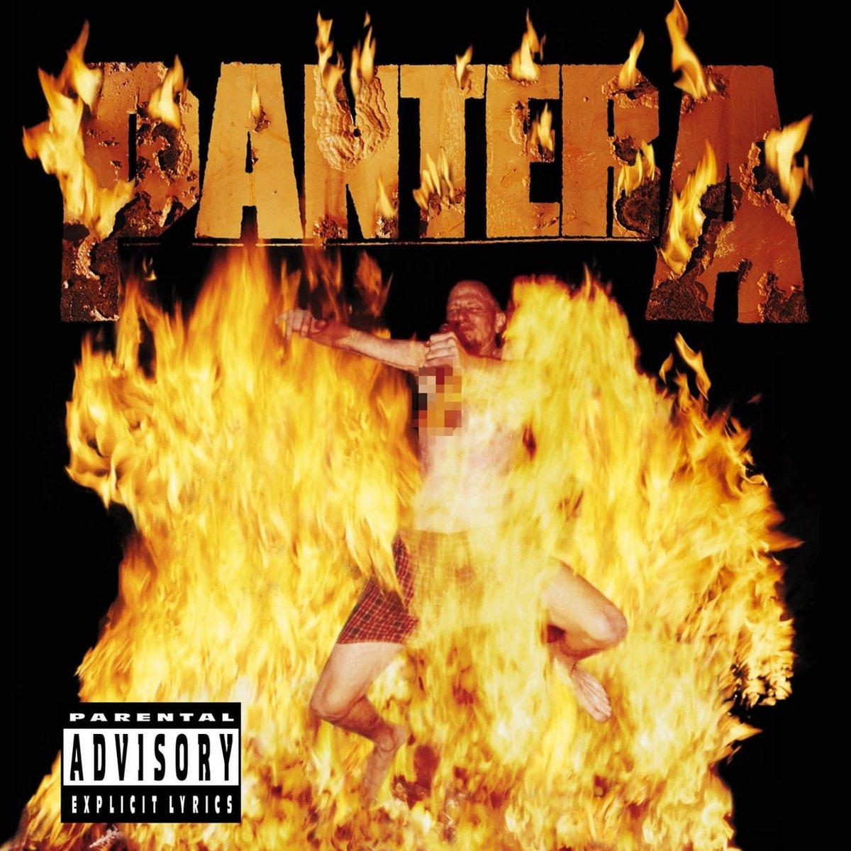 #NowPlaying: @Pantera - Reinventing The Steel 🎶🎼🎵🎸🥁  RIP Dimebag Darrell 🎸 💐 RIP Vinnie Paul 🥁 💐 https://t.co/yKeoOJXBYn