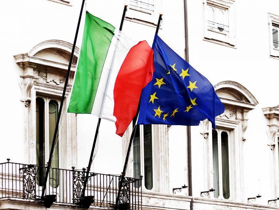 Αρχίζει το «ματς» ανάμεσα σε Ιταλία και ΕΕ για τον προϋπολογισμό https://t.co/iBSfyxQjFp...