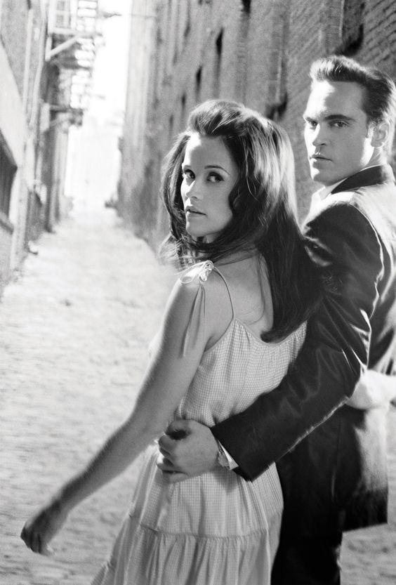RT @RWitherspoon: June Carter Cash and Johnny Cash. #WalkTheLine #TBT #JoaquinPhoenix https://t.co/QGRExeudEh