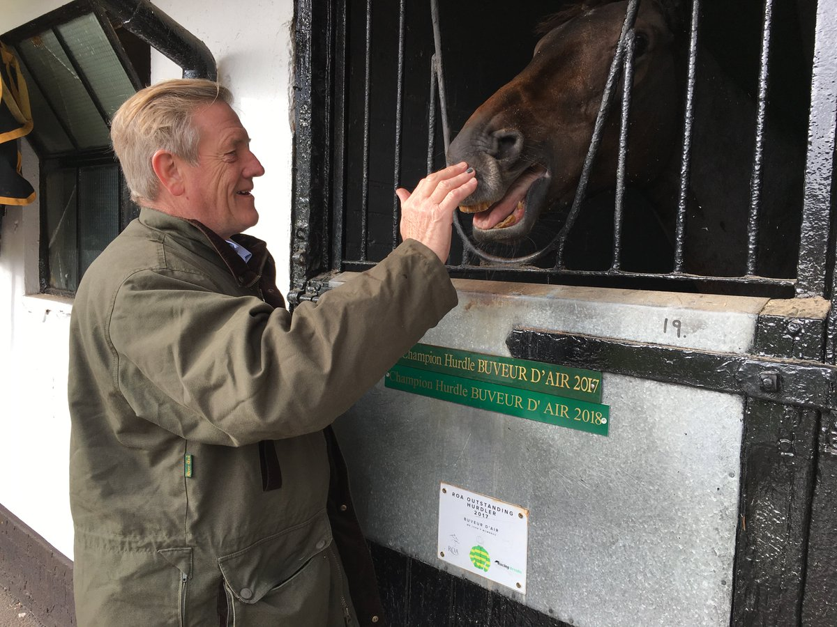 Can he make it 3 Champion Hurdle wins out of 3 in March? https://t.co/9vbRVdPOjM