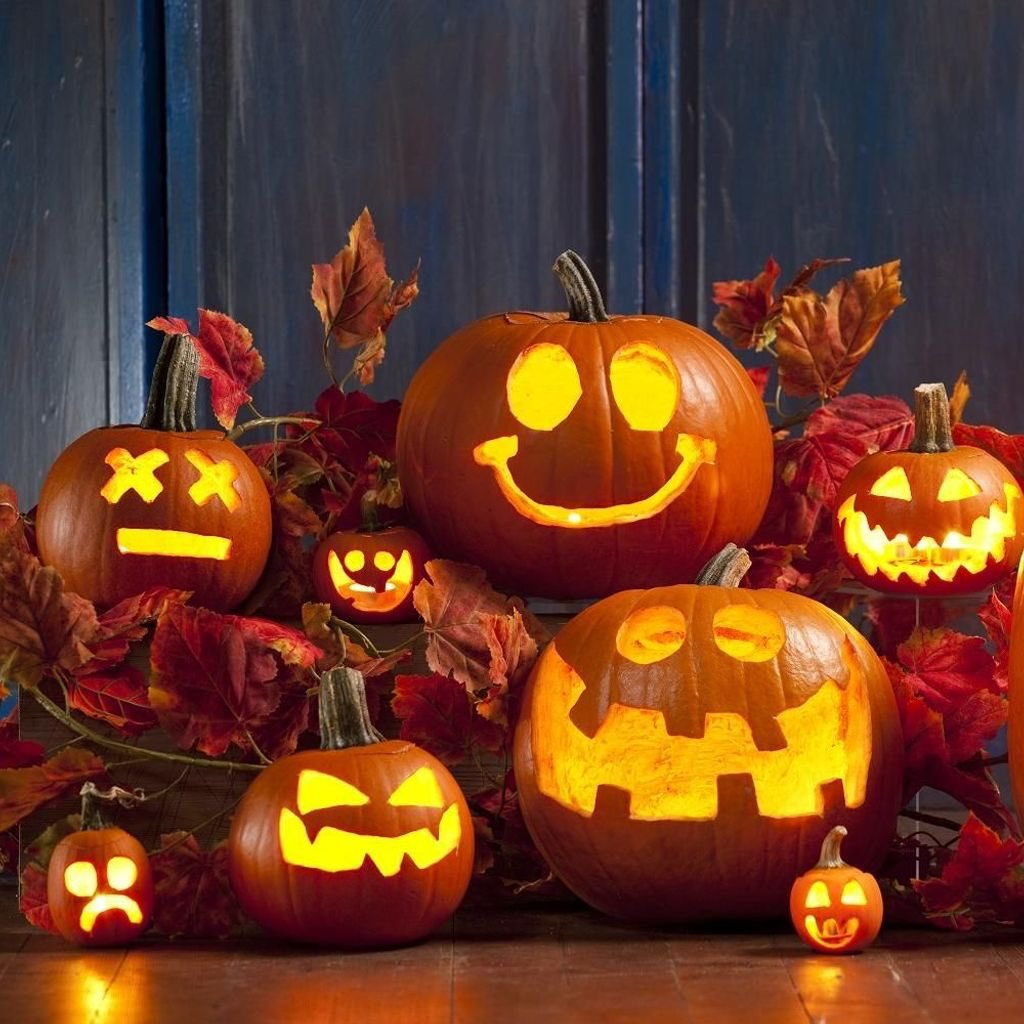 Trick or treat? Happy #Halloween, everyone! ???? https://t.co/6D5V4nDozS
