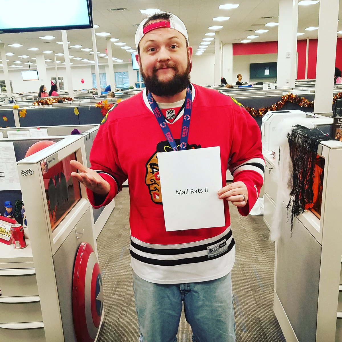 RT @Wolverine0246: For Halloween, none other that the great and powerful @ThatKevinSmith https://t.co/ao2uaVY0VL