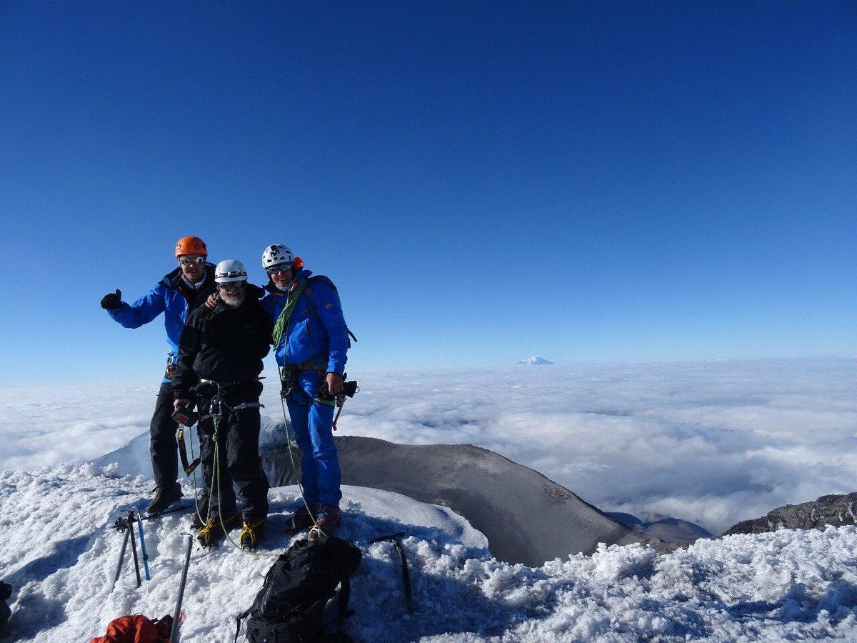 test Twitter Media - Así sea la primera o décima vez sobre una cumbre, la montaña siempre nos maravillará y nos ofrecerá una lección de vida.  Cotopaxi 5897m.  📸 @karlmtb https://t.co/DXOZrIHwwP