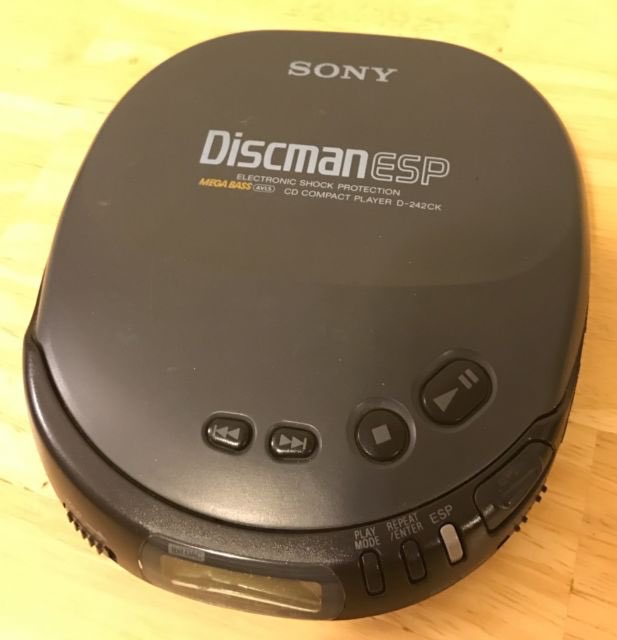 RT @DaLittleBigBruh: #MyBiggestWorryInThe90s How to fit my music in my pocket https://t.co/17nl0ZENw7