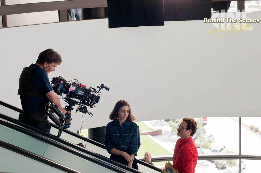 #BehindTheScenes: #RooneyMara and #JoaquinPhoenix on the set of #Her!  #BeAddicted https://t.co/n0Fp1MezQi